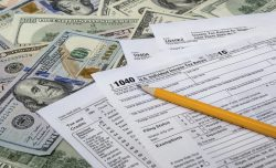8 expenses clients can still deduct on their tax return
