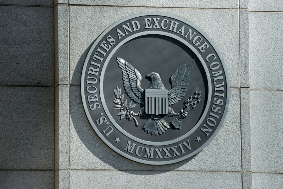 SEC plan would open hedge funds, unicorns to more investors