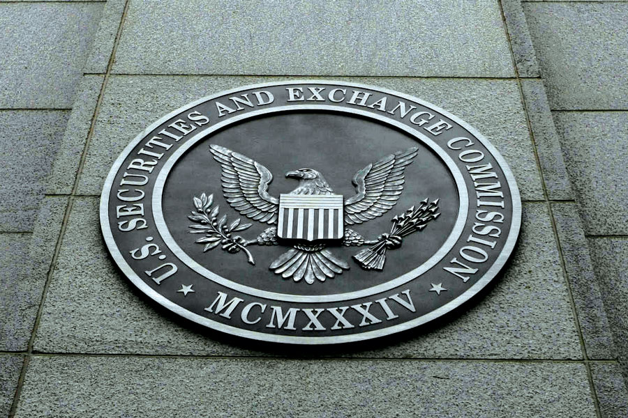 SEC charges barred 'adviser' with fraud